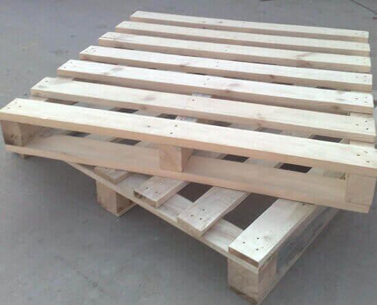 木托盘112